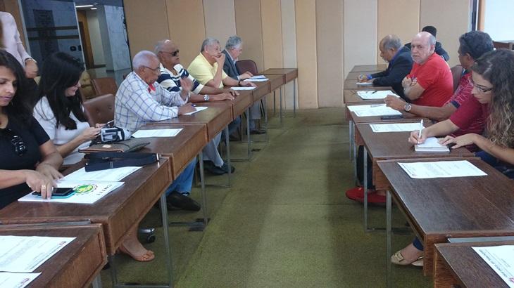 FST foca em fortalecimento de pautas dos trabalhadores e aposentados