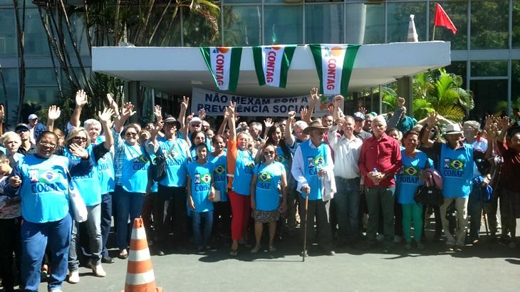 Ato bloqueia entrada de Ministérios em Brasília