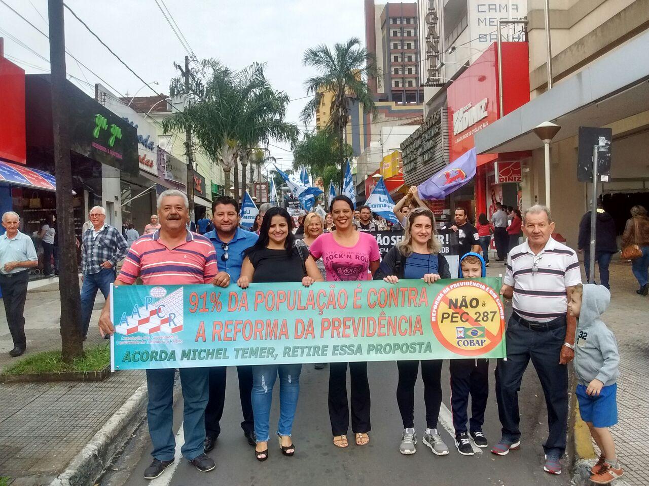 Em São Paulo, Beth denuncia devedores do INSS e Warley clama por engrossamento das lutas