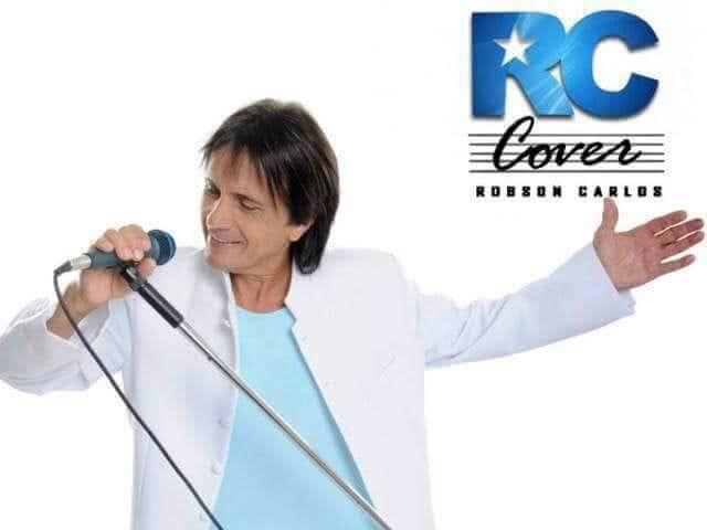Roberto Carlos Cover canta e encanta no Clube dos Aposentados em Santo André